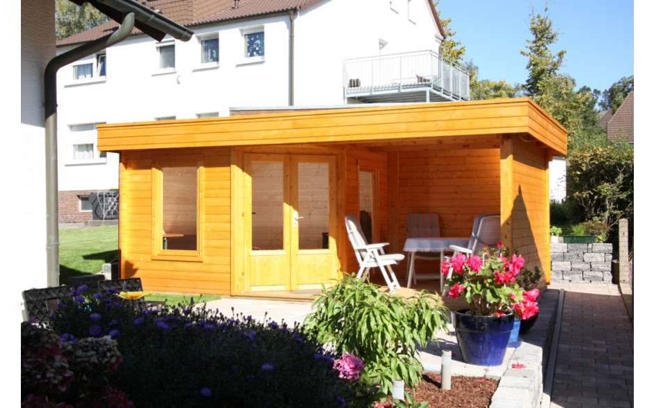 Fünfeckiges Gartenhaus Maja 40-B/1 mit Flachdachoptik