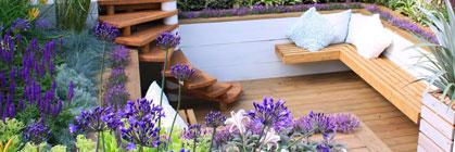 Terrassenfliesen oder Terrassendielen: worauf es beim Boden ankommt