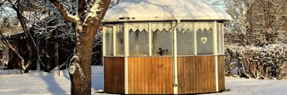 Frühjahrsputz im Holzgartenhaus:  So begrüßen Sie den Frühling